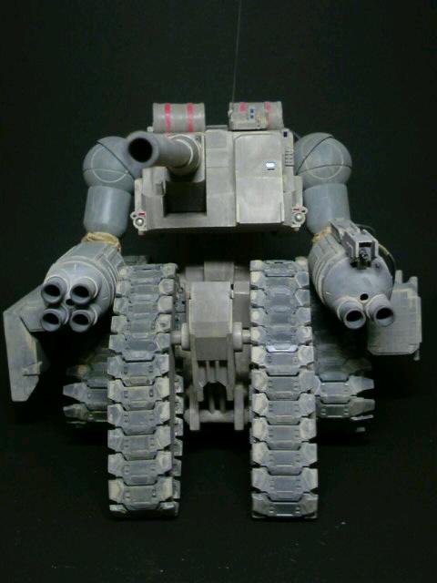 陸戦強襲型ガンタンク-前