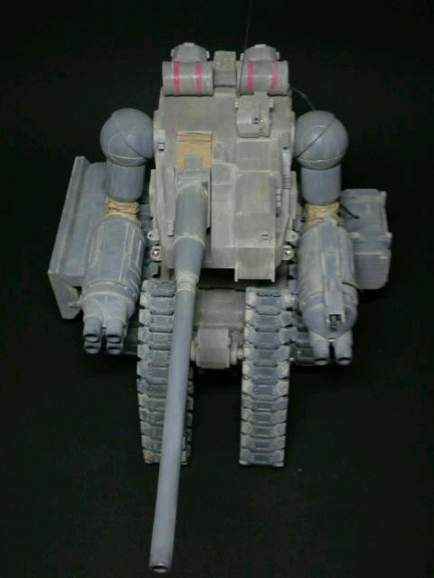 陸戦強襲型ガンタンク-上